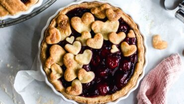 image of non-coffee cherry pie
